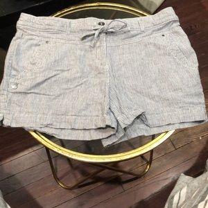 Dalia - size 10 - soft shorts